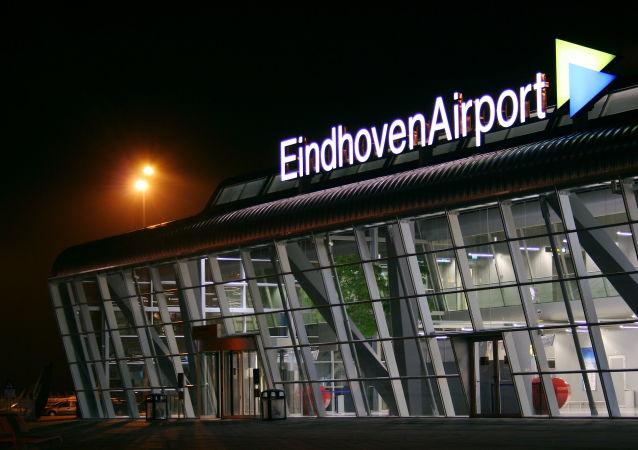 مطار مدينة أيندهوفن في هولندا