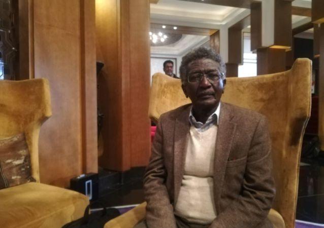 المخرج السينمائي السوداني سليمان إبراهيم في مهرجان مراكش بالمغرب