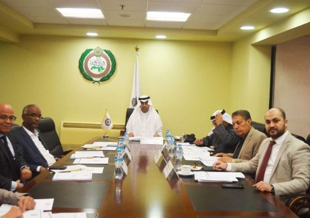 مكتب البرلمان العربي يعقد اجتماعا برئاسة الدكتور مشعل بن فهم السلمي رئيس البرلمان العربي، وحضور نواب رئيس البرلمان العربي ورؤساء اللجان الدائمة في البرلمان العربي.