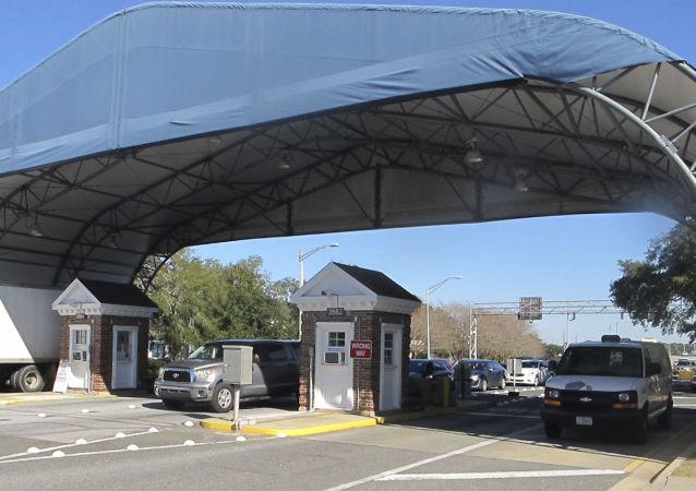 قاعدة بحرية أمريكية في فلوريدا