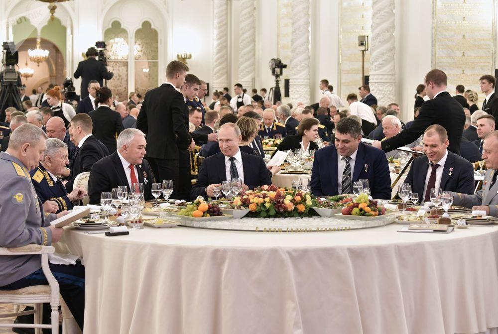 الرئيس الروسي فلاديمير بوتين في حفل الاستقبال السنوي في الكرملين على شرف أبطال يوم الوطن، 11 ديسمبر 2019