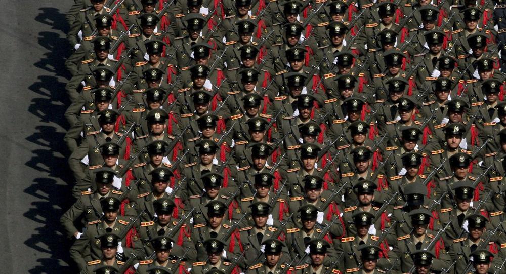 حفل تخريج طلبة في الجيش الإيراني