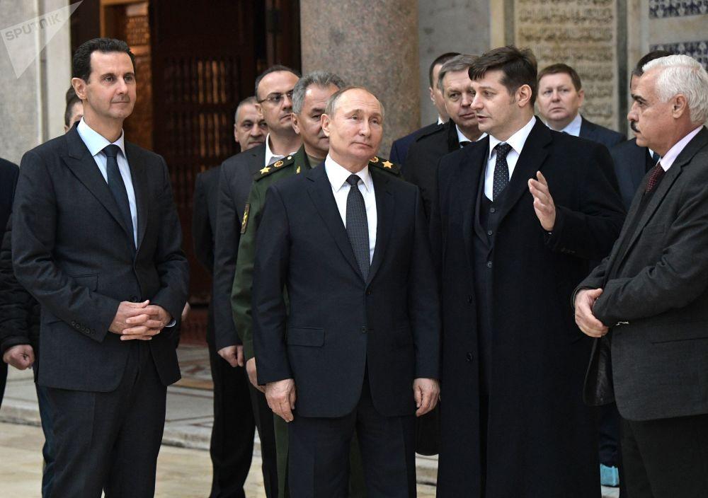 الرئيس فلاديمير بوتين والرئيس بشار الأسد يزوران المسجد الأموي في دمشق، 7 يناير 2020