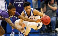 مباراة كرة سلة في ولاية كانساس شهدت مشاجرة عنيفة بين الفريقين