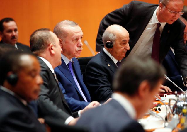 عبد المجيد تبون ورجب طيب أردوغان