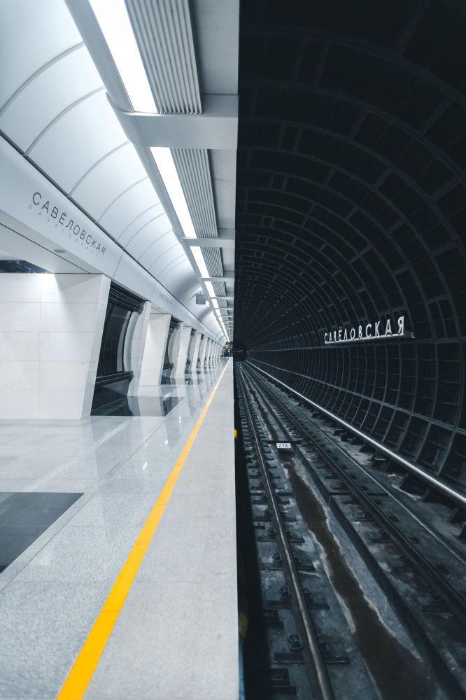 الصورة بعنوان محطة مترو، للمصور الروسي ألكسندر بورموتين، الذي فاز بتصويت الجمهور في مسابقة فن البناء لعام 2019