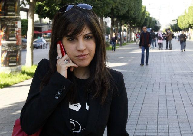 الناشطة التونسية لينا بن مهني، تونس 2011