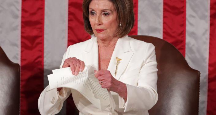 بيلوسي: أصدرت تعليمات إلى لجنة القواعد في مجلس النواب للاستعداد لمساءلة ترامب