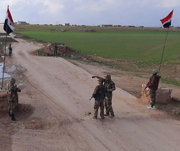 أحد حواجز الجيش السوري في محافظة الحسكة شرق الفرات