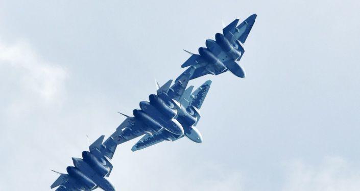 الكشف عن محاسن الشبيه الرقمي للطائرات المقاتلة