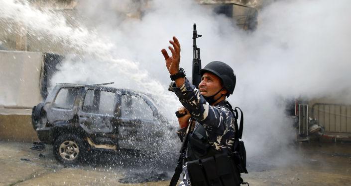 لبنان… إطلاق النار بشكل مباشر على المتظاهرين في طرابلس وسقوط جرحى
