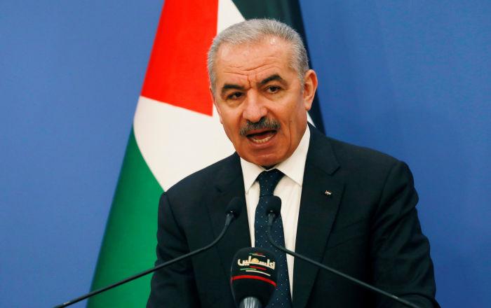 الحكومة الفلسطينية تعلن صرف أنصاف رواتب لموظفيها عن شهر مايو