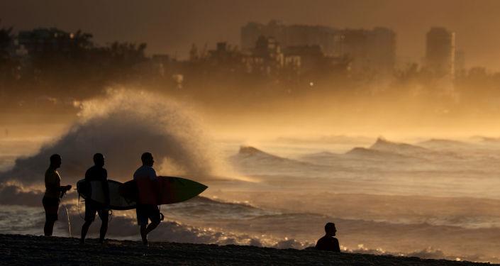 البرازيل تفرض شرطا غريبا لسياحها هذا العام