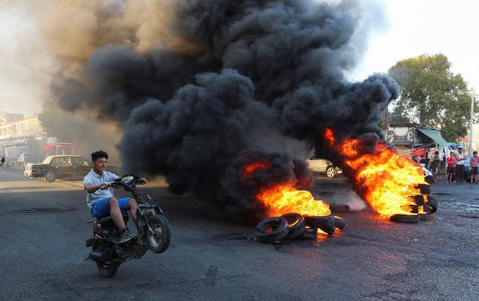 الحريري يوجه رسالة للحكومة ورعاة الدراجات النارية: لن نقف متفرجين على تخريب العاصمة