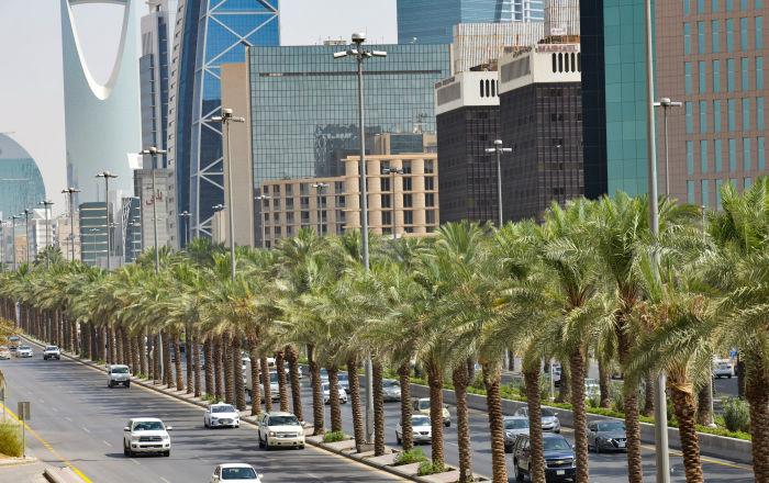 77 دولة تتيح لجواز السفر السعودي الدخول بلا تأشيرة